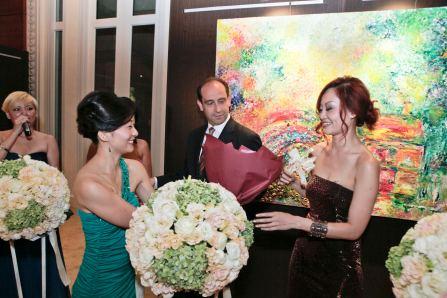 receiving bouquet
